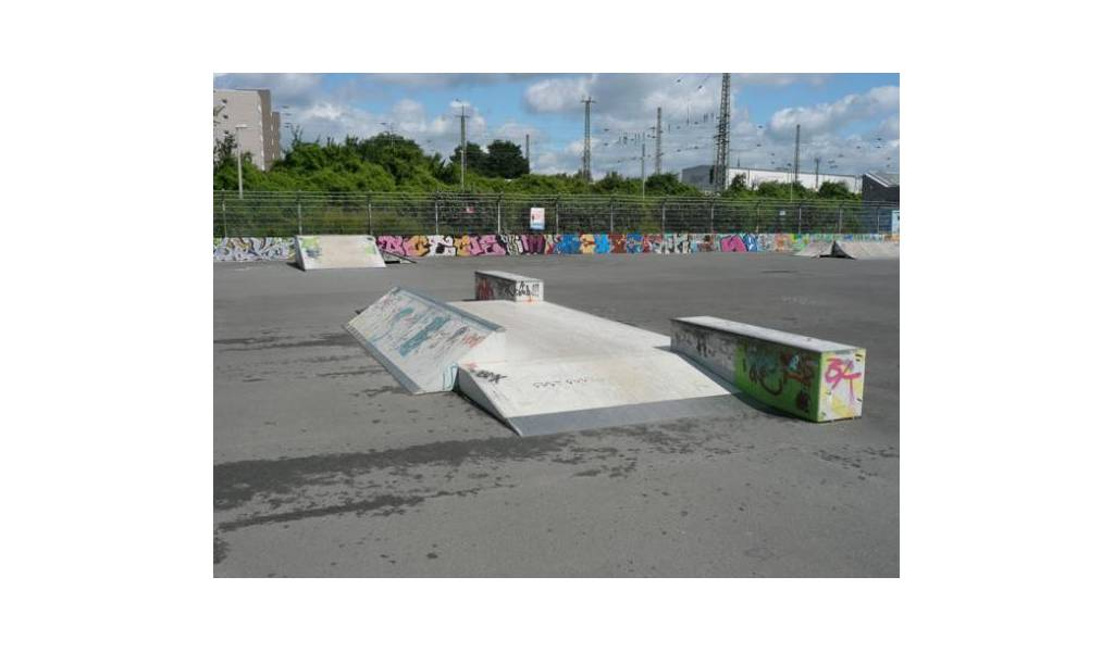 skatepark krefeld allemagne. Black Bedroom Furniture Sets. Home Design Ideas
