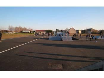 Skatepark et anneau de vitesse