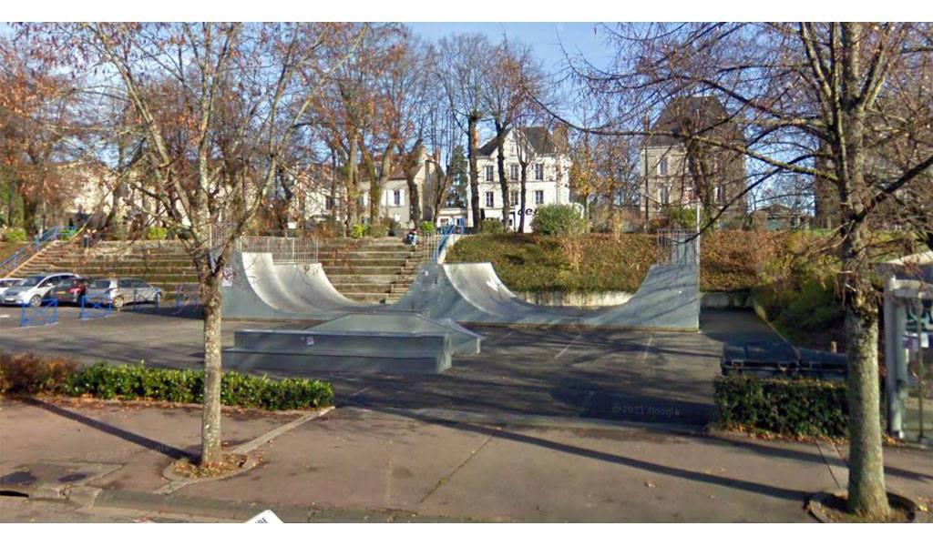 skatepark voltaire gambetta chaumont 52. Black Bedroom Furniture Sets. Home Design Ideas