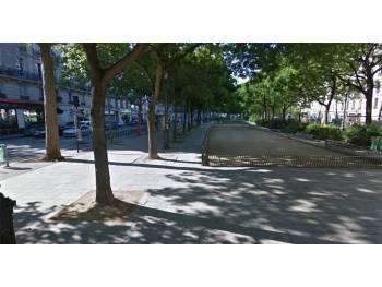 Mail central du boulevard Richard Lenoir à Paris