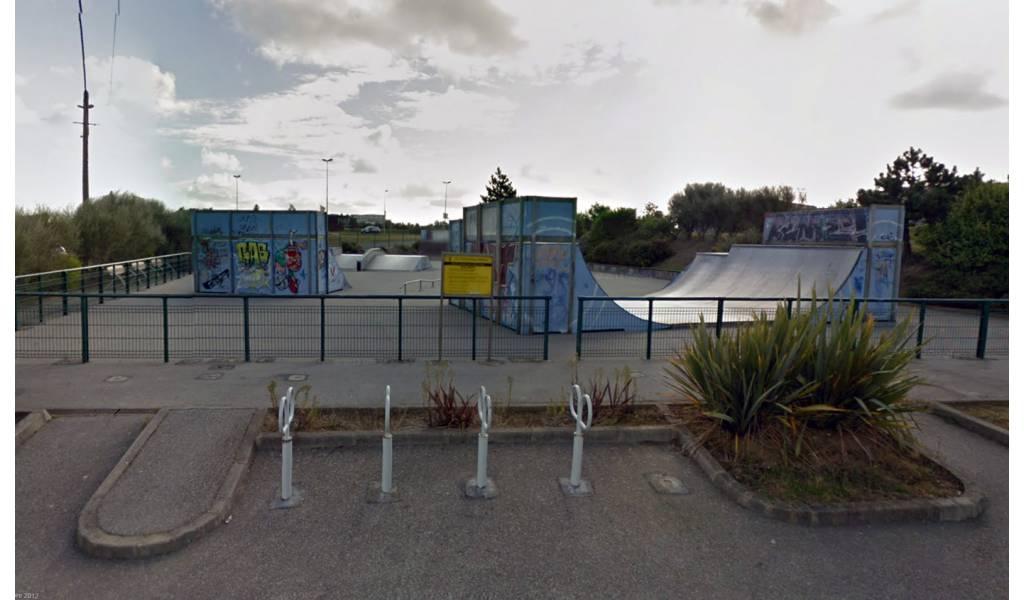 Skatepark d 39 queurdreville hainneville 50 for Piscine equeurdreville