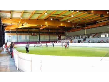 Salle de hockey de Saint-Paul 2003 à Saint-Paul-Trois-Châteaux