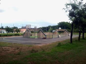 Terrain multisport de Curzay-sur-Vonne