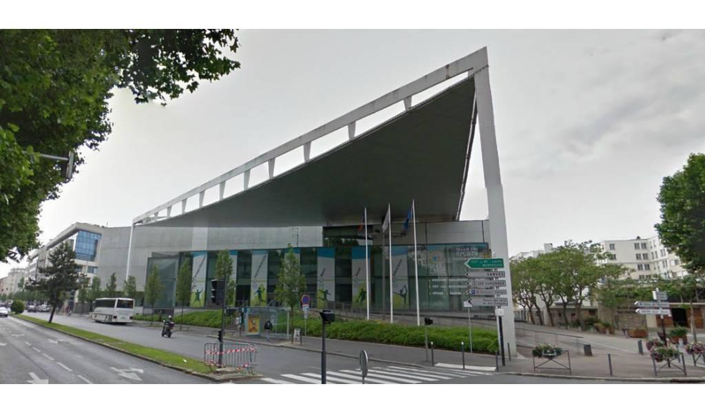 Palais des sports d 39 issy les moulineaux for Piscine d issy les moulineaux