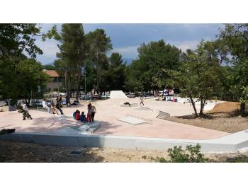 Skatepark de Fuveau (photo : Récréation Urbaine)