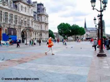 Place de l'Hôtel de Ville à Paris
