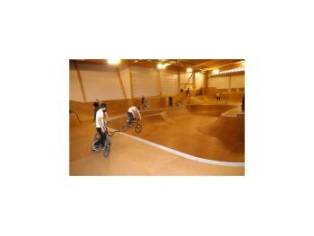 """Skatepark """"Le Spot"""" au Mans"""