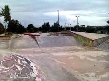 Skatepark de la chapelle saint luc 10 for Piscine chapelle saint luc
