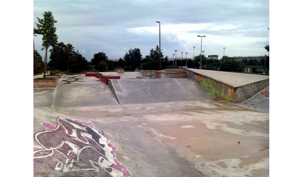 Skatepark de la chapelle saint luc 10 for Piscine de la chapelle saint luc