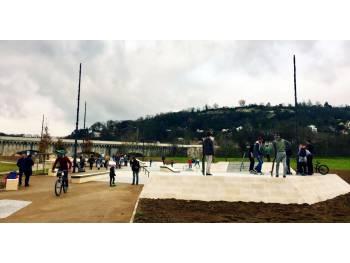 Skatepark de la prairie du pont canal à Agen
