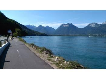Piste cyclable du lac d'Annecy