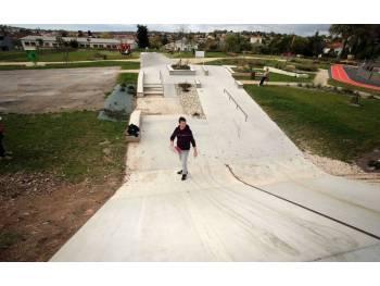 Skatepark de Ruelle sur Touvre