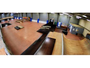 Skatepark indoor de Quimper (Photo : Sammy Skate Club)