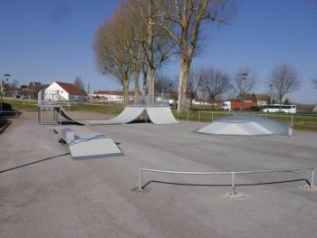 Skatepark de Rochefort-sur-Nenon (photo : Vincent Buin)