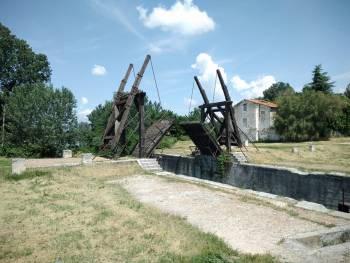 Ecluse de Voie verte Arles - Port-Saint-Louis-du-Rhône (Sofy)