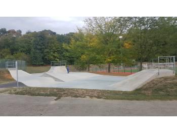Skatepark de Cailloux-sur-fontaine