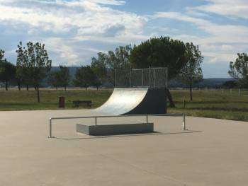 Skatepark de la base nautique de Pierrelatte (photos : Vincent Buin)